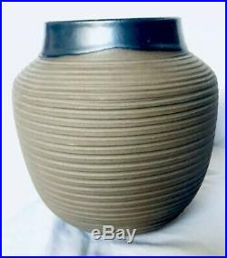 EXTREMELY RARE Heath Ceramics Combed STUDIO VASE c. 1960