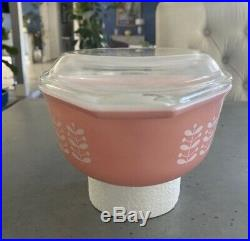 Extremely Rare HTF Pyrex Pink Stems Casserole Dish with Lid 043 MINT