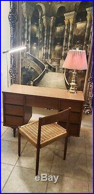 Johnson Carper Mid century modern MCM rare find Desk Authentic Vintage