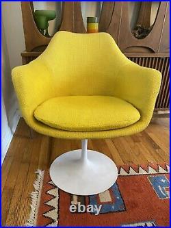 Knoll Mid Century Modern Vintage Saarinen Tulip Chair MCM Rare Yellow