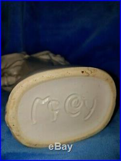 McCoy White (RARE) Ram Head Vase RARERARE