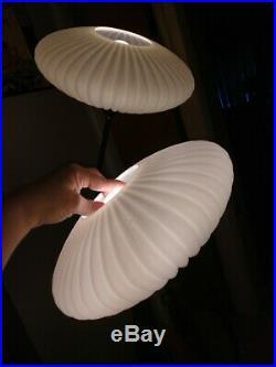 Mid Century Modern Kitsch Danish 2 Glass Globe Tulip Walnut Floor Lamp Rare UFO