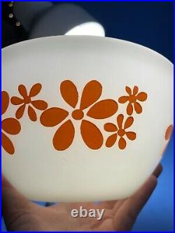 Pyrex Agee Rare Daisy Chain(1972) Complete 4pc Nesting Bowl Set- Beautiful