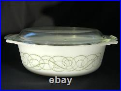 Pyrex Rare Vintage Sage Green Reverse Scroll Oval 1 1/2 Qt Casserole 043 With Lid