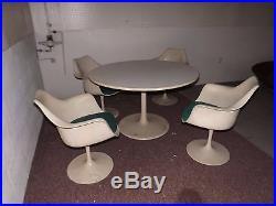 RARE Set 4 Knoll Tulip Armrest Chairs with tulip table 48 Eero Saarinen Modern