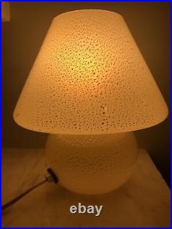 RARE Vtg Mid Century Italy Murano Beige gold fleck Art Glass Mushroom Table Lamp