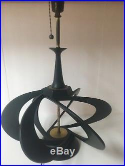 Rare Mid Century Modern Modeline Company Of California Atomic 1950s Lamps