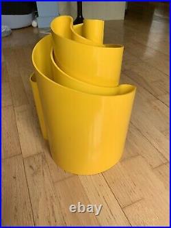Rare Vintage Heller Giotto Stoppino Deda Yellow Plastic Vase MCM Pair/Set Of 2