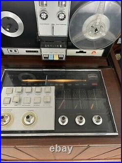 Rare Zenith z960 Mid Century Modern Stereo Console