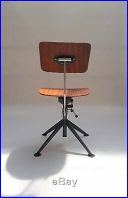 Rare and Early KEVI Task Chair by Jørgen Rasmussen 50s prouve o. Olsen kramer era