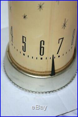 Vintage Mid Century Modern Spartus clock lamp. Super rare 1961 atomic works