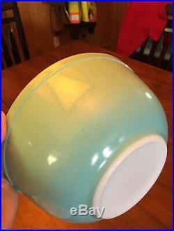 Vintage Pyrex Turquoise Robins Egg Blue Mixing Bowl Set 401 402 403 404 RARE
